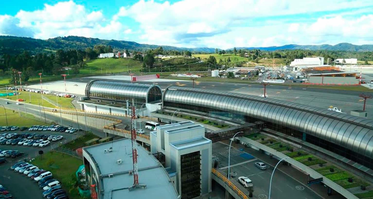 Aeropuerto José María Córdova, más internacional